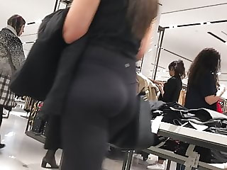 Yoga Pants Voyeur Videos